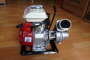 Máy bơm nước là gì? Máy bơm nước chạy xăng được dùng khi nào?